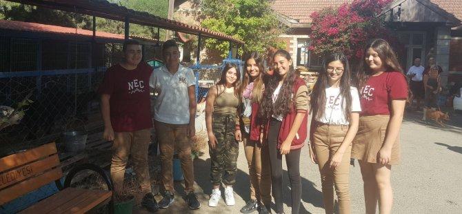 Satın Alma Sahiplen… Yakın Doğu Koleji Öğrencileri Hayvan Barınağını Ziyaret Etti…