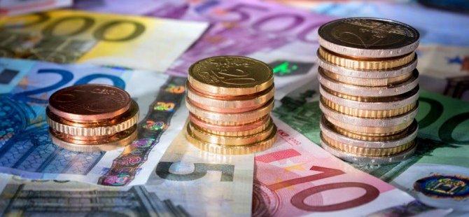 Rum Merkez Bankası'ndan 2020-2022 yılları için tehlike uyarısı