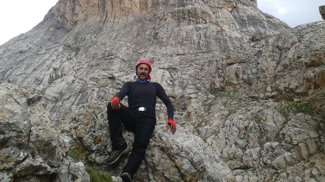 Şehir şehir gezen profesyonel dağcı, 10 yıldır zirvelerde