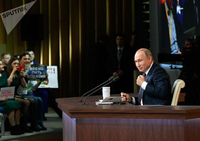 Putin: Batı basınının yazdıklarına gerçekten inanıyor musunuz?