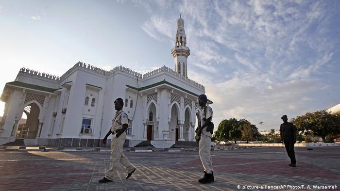 Afrika'da camiler üzerinden siyasi nüfuz yarışı