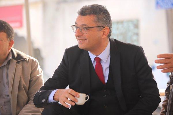 """Erhürman Gönyeli'de Benli ile sahaya indi! """"Toplumsal seferberliğin hakim olacağı bir yıl olsun"""""""