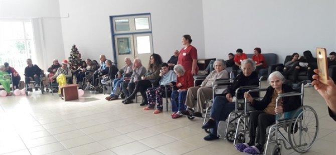Zeytin Ağacı Eğitim Ve Yardımlaşma Derneği'nden Bülent Ecevit Rehabilitasyon Merkezin'de etkinlik
