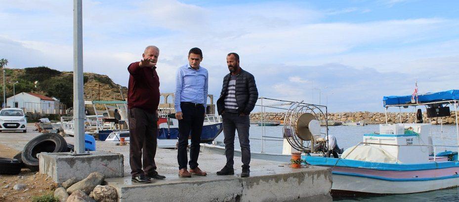 Bakan Oğuz, Kaplıca balıkçı barınağında incelemede bulundu