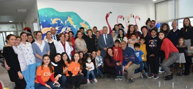 Çocuk Onkoloji Servisi'nde tedavi gören çocuklara yeni yıl partisi düzenlendi