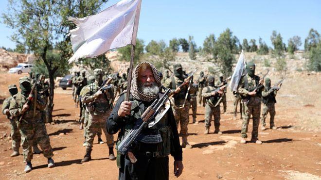 'HTŞ ve Türkiye destekli muhalif Suriye Milli Ordusu İdlib'de birlikte savaşmak için uzlaştı'