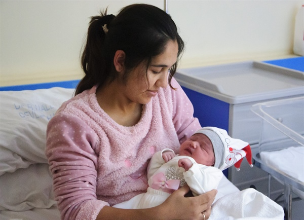 2020 yılının ilk bebeği  Lefkoşa Burhan Nalbantoğlu hastanesinde doğdu