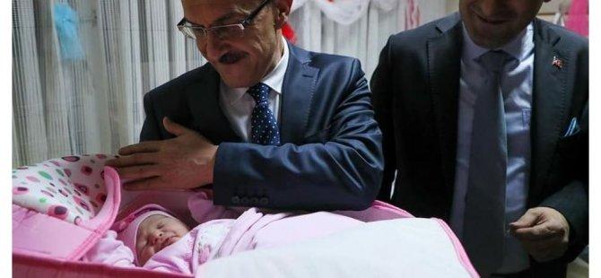 Ordu'da yılın ilk bebeğine Ceren Özdemir'in adı verildi