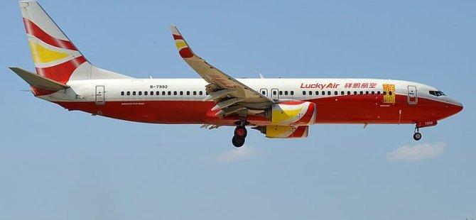 'Şans getirsin' diye uçağın motoruna bozuk para atan adama 102 bin lira para cezası