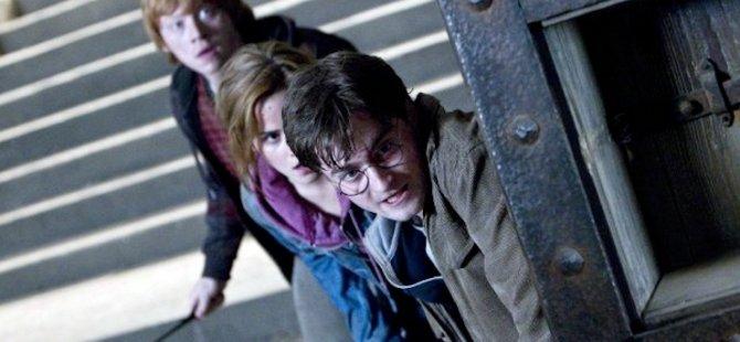 Harry Potter'ın yazarı Rowling yeni çocuk kitabını internetten ücretsiz yayımlayacak