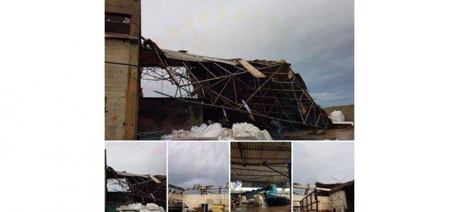 Fırtına çatıyı uçurdu!