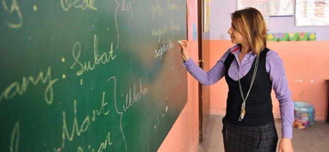 Türkiye'de MEB'in 20 bin sözleşmeli öğretmen alımına 24 saatte yaklaşık 60 bin başvuru