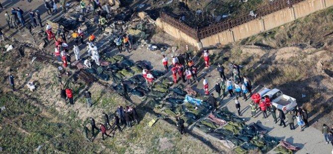 İran'da düşen yolcu uçağı - Tahran yönetimi: Uçağı füzeyle düşürdüğümüz iddiaları asılsız