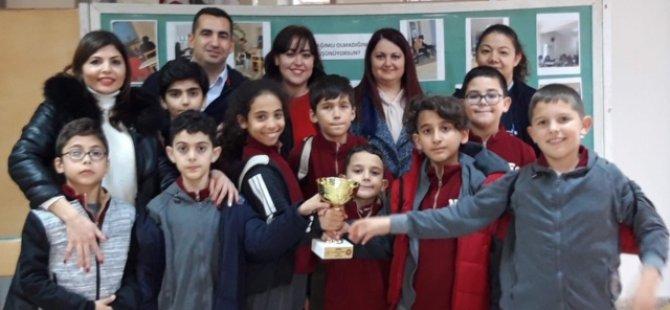 """İlkokullararası Satranç Turnuvası Şampiyonu """"Yakın Doğu İlkokulu""""…"""