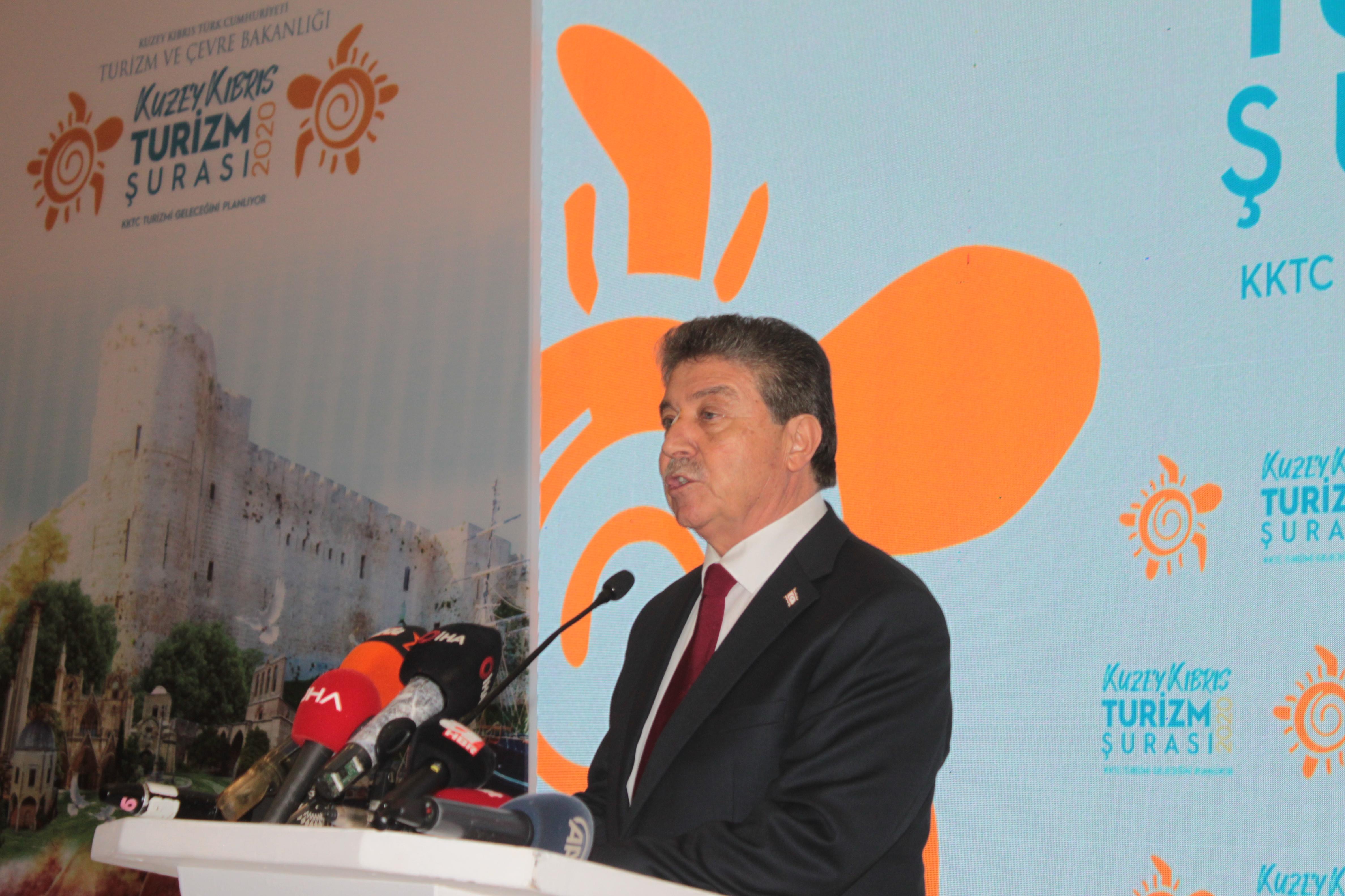 Üstel: Turizm Gelirleri Ticaret Açığının Yüzde 53'ünü Karşılıyor