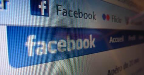 Facebook'tan Kişisel Bilgiler İstendi