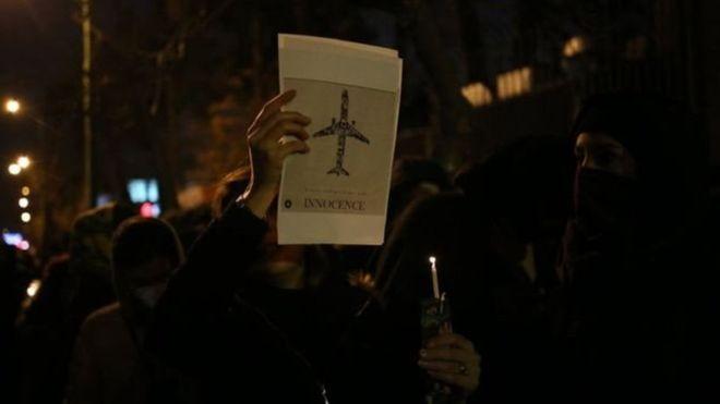 İran'da protestolar - Tahran Emniyet Müdürü: İtidalli davranıyoruz, gerçek mermi kullanmadık