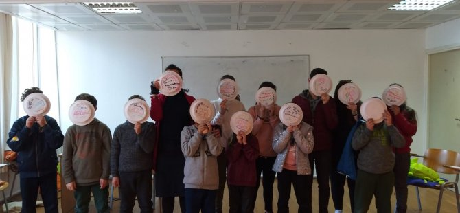 Özay Günsel Çocuk Üniversitesi Kış Programı Bilimsel ve Sosyal İletişim Becerileri Kazandıran, Sorgulama Becerisini Geliştiren Eğitim Atölyeleri ile Devam Ediyor…