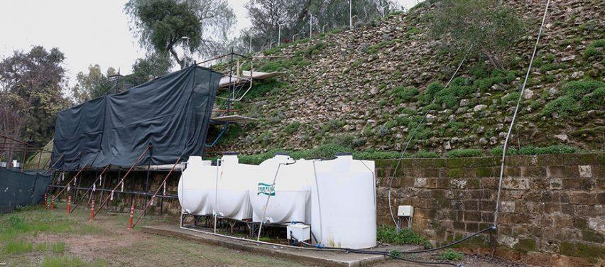 Lefkoşa Surları'nın çöken bölümlerindeki çalışmalar devam ediyor