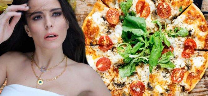 Şarkıcı Simge: Pizza seçer gibi sevgili seçilmiyor