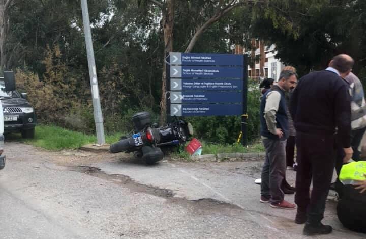 Mağusa'da Motosikletli polis kaza yaptı
