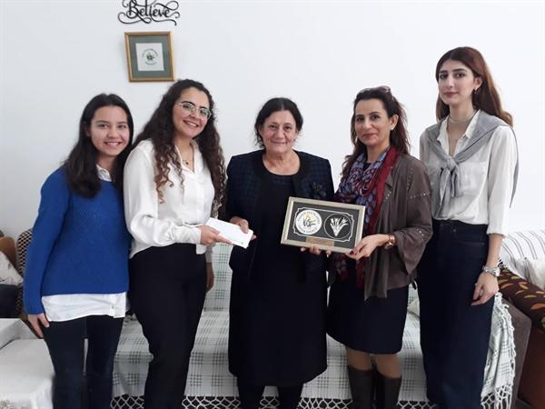 NEU Genetik Society Kulübü; Kanser Hastalarına Yardım Derneği (KHYD) yararına, sosyal sorumluluk projesi etkinliği gerçekleştirdi