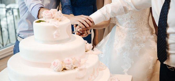 Damadın babasıyla gelinin annesi kaçtı, düğün iptal edildi