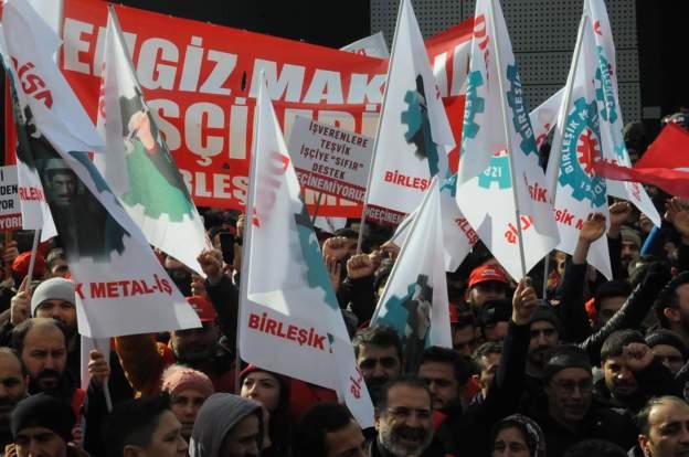 150 bin işçinin grev kararı üzerine Türkiye Metal Sanayicileri Sendikası lokavt kararı aldı