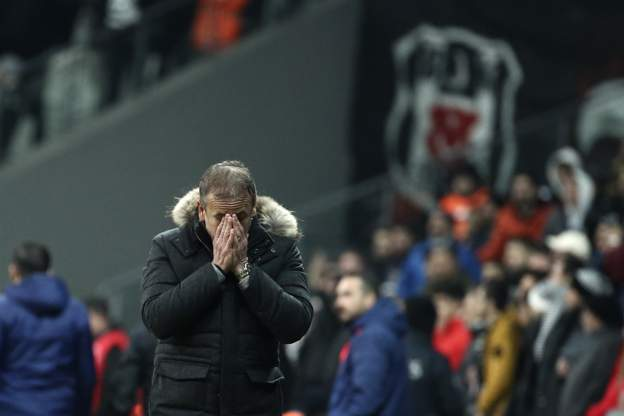 Beşiktaş, teknik direktör Abdullah Avcı ile yollarını ayırma kararı verdi