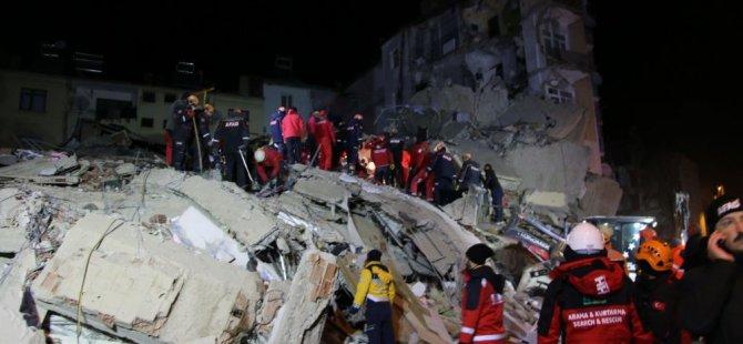 Elazığ'da çöken Mavi Göl Apartmanı Van depreminde de hasar görmüş: '2011'den bu yana hiçbir şey yapılmadı'