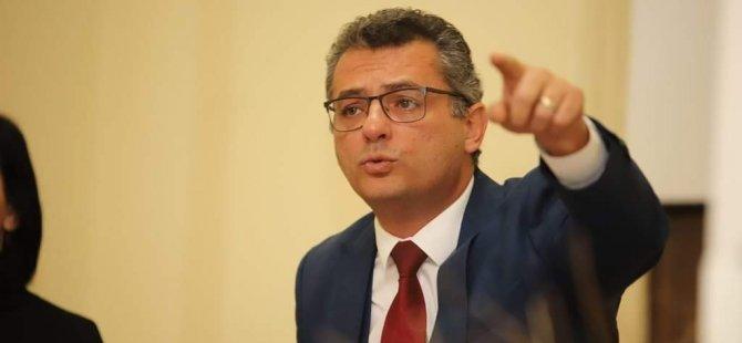 Erhürman: Çare üretilmezse, Türkiye'den alınan dış borçla yaşanacak rahatlama da geçici olacak