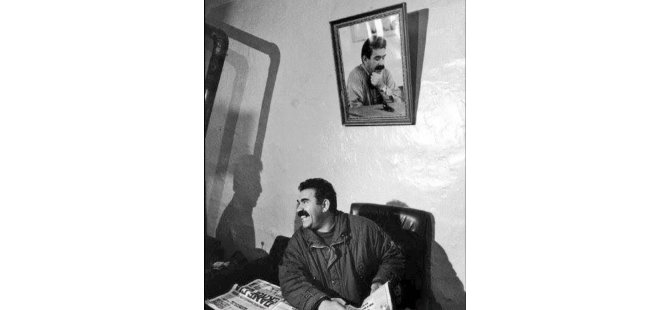 Abdullah Öcalan İçin Güney'deki Yunan Büyükelçine Yürüyecekler