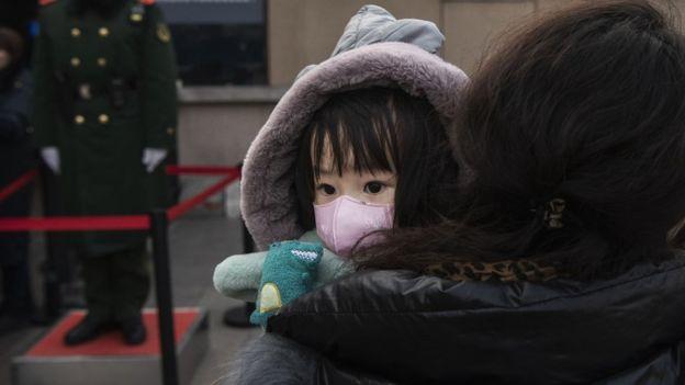 Covid-19 nedir: Çin'de ortaya çıkan koronavirüs (corona virüs) hakkında neler biliniyor?