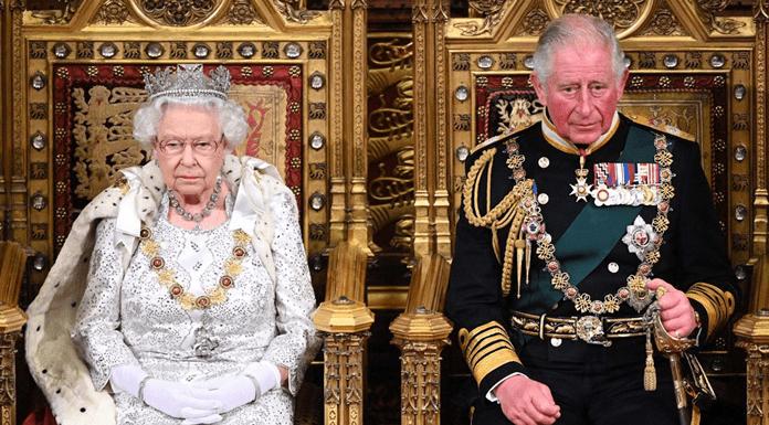"""Prens Charles'dan Kraliyet Ailesinde Yeni Düzenlemeler: """"Prens Harry'nin Oğluna Ünvan Vermeyebilir"""""""
