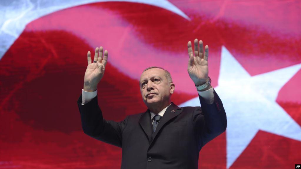 Erdoğan: 'AB ülkelerini mültecilere saygılı davranmaya davet ediyoruz'