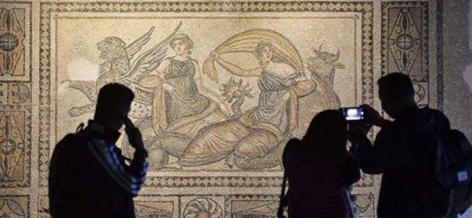 """Müzeler sanatseverleri """"online"""" olarak ağırlıyor"""