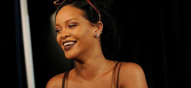 Rihanna'dan Koronavirüs'le mücadeleye 5 milyon dolar bağış