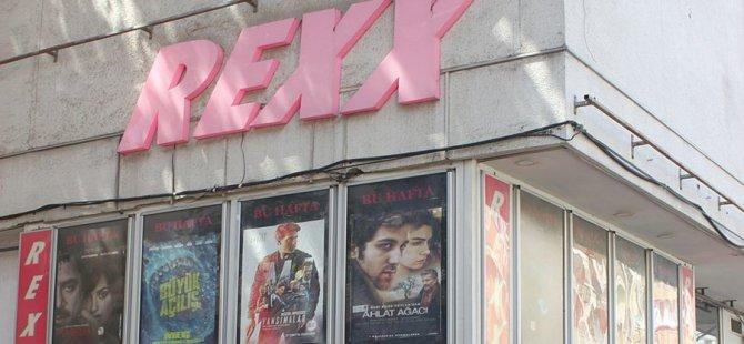 Kadıköy'ün simgelerinden Rexx sineması, faaliyetine son verdi