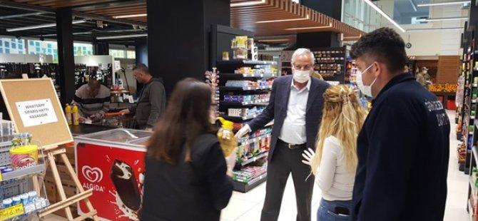 Girne Belediye Başkanı Güngördü ve Zabıta Ekipleri Marketleri Denetledi