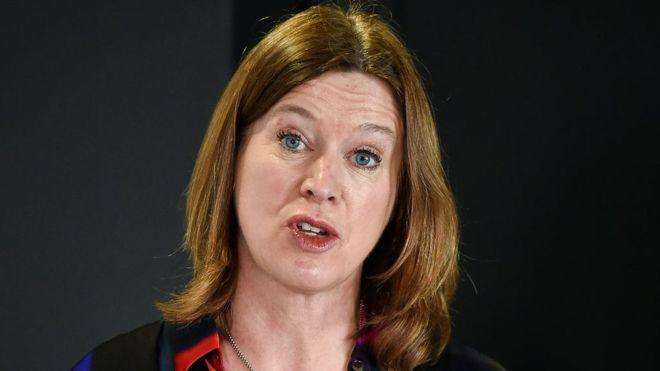 Koronavirüs: Sokağa çıkma yasağına uymayan İskoçya Başbakanı'nın sağlık konusundaki başdanışmanı istifa etti