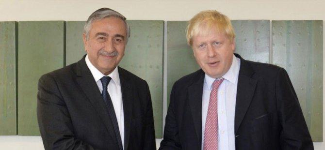 Akıncı'dan Boris Johnson'a geçmiş olsun mesajı