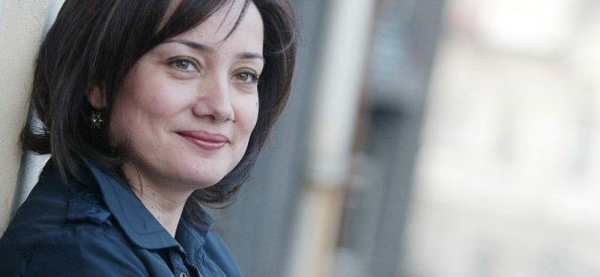 Yazar Sibel Köklü: Korona günlerinde annemi kaybettim; diğer hastalıklar unutuldu, hastalar mağdur oldu