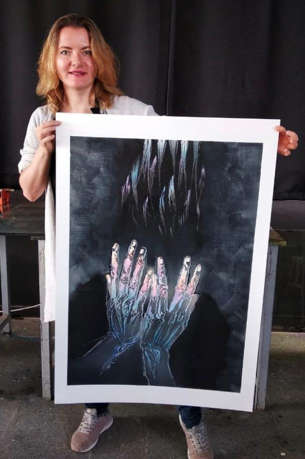 Kıbrıs Modern Sanat Müzesi için Sanatçı Kateryna Ocheredko koronavirüs ile mücadeleye fırçası ile destek verdi...