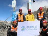 Huawei, Everest'in tepesine 5G antenleri kurdu