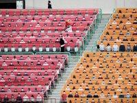 Güney Kore: Beyzbol sezonu tribünlerde seyircilerle değil, fotoğraflarıyla başladı