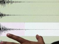 İRAN'da 5,1 Büyüklüğünde Depremde 1 Ölü, 11 Yaralı