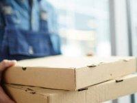 Marketler 06-20 arası açık, paket servisler 24'e kadar