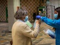 İngiliz uzman: Koronavirüs tamamen yok edilemeyecek