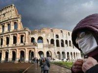 İtalyan uzman: Maske sayesinde viral yük azalıyor, vakalar daha hafif seyrediyor