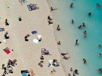 Test yok karantina yok: Yunanistan turizm sezonunu açıyor